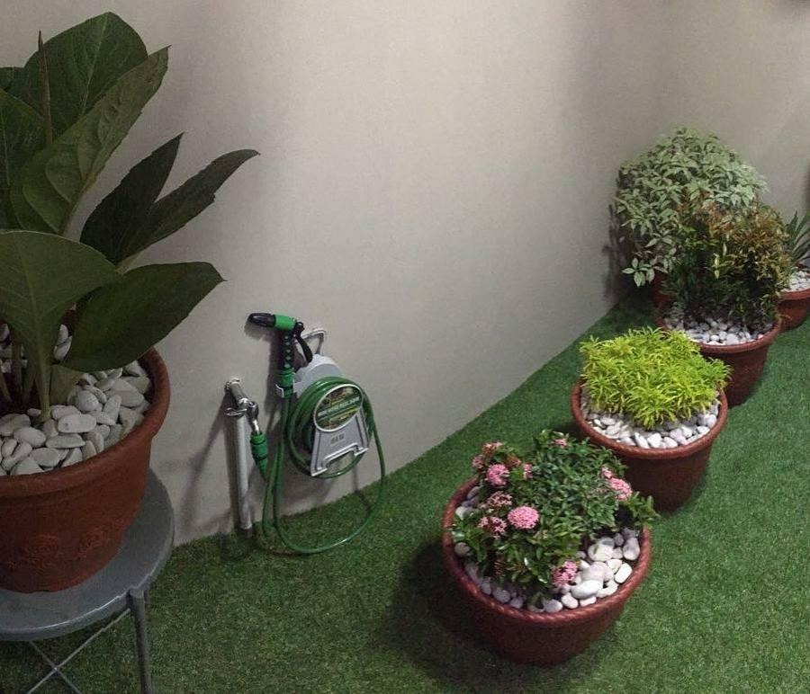 rumput sintetis taman rumah mewah
